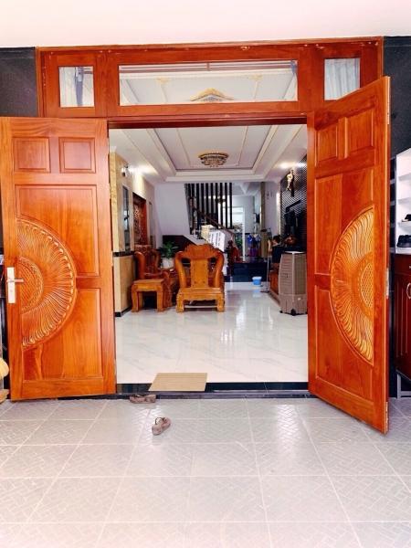 Nhà 1 lầu 4x16m, mặt tiền Nguyễn Văn Bứa, Hocmon, đang cho thuê 14tr tháng.